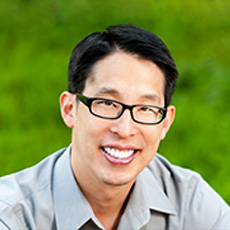 National Ambassador Gene Luen Yang Featured Speaker at YSU English Festival